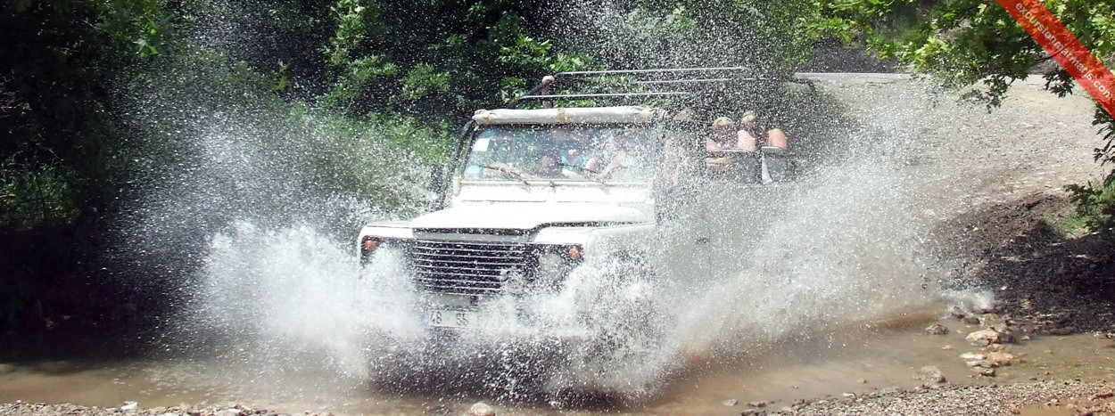 /wp-content/uploads/2013/12/jeep-safari.jpg